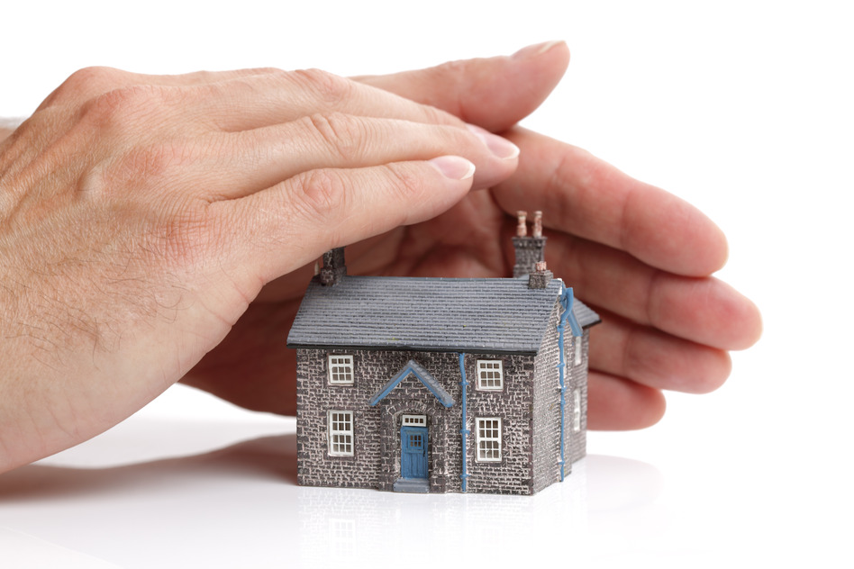 Protect your house with title insurance